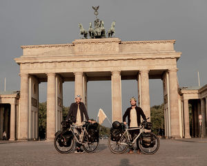 Biking Borders am Brandenburger Tor